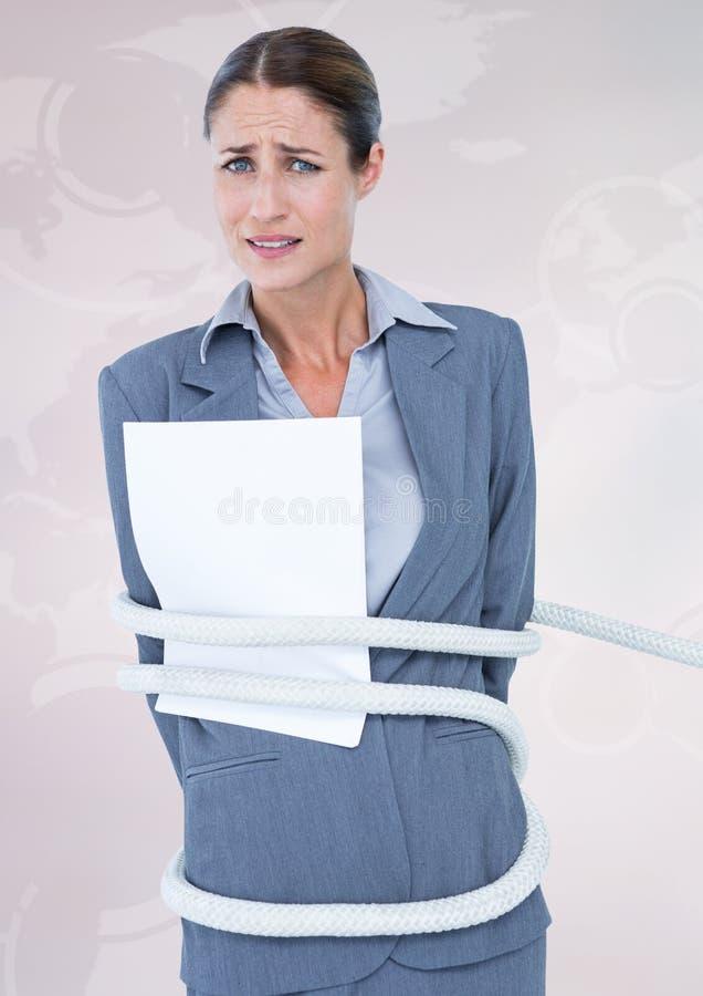 Коммерсантка связанная вверх с веревочкой и бумагой против белой предпосылки стоковые изображения rf