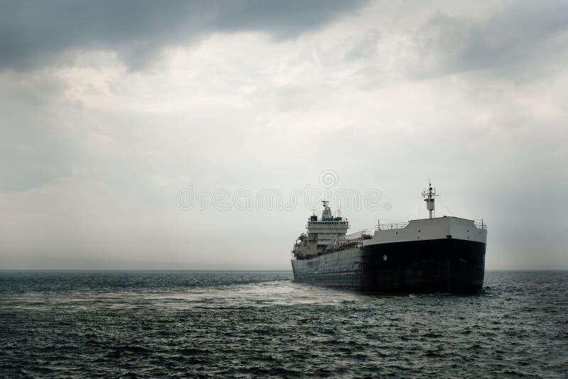 коммерчески большой корабль стоковое фото rf