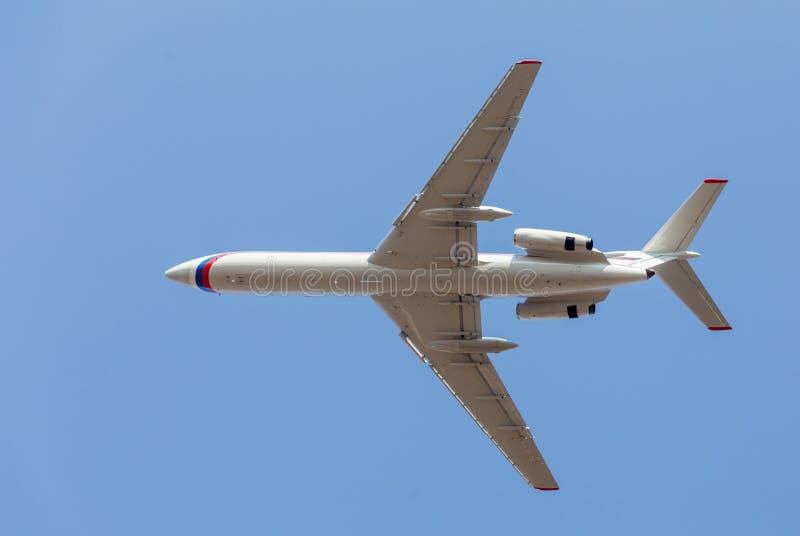Коммерчески реактивные самолеты в голубом небе Фюзеляж самолета Авиация и транспорт стоковое изображение rf