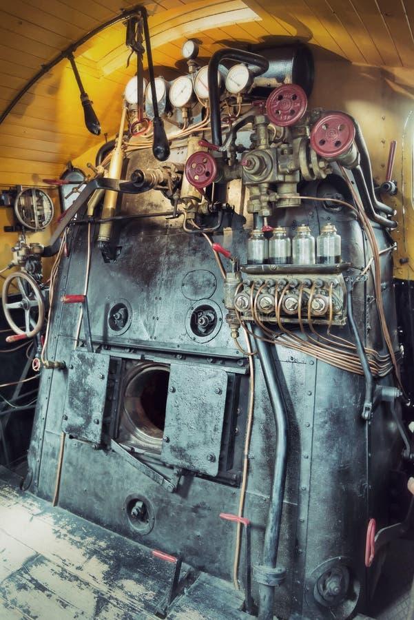 Комната двигателя год сбора винограда поезда пара стоковая фотография rf