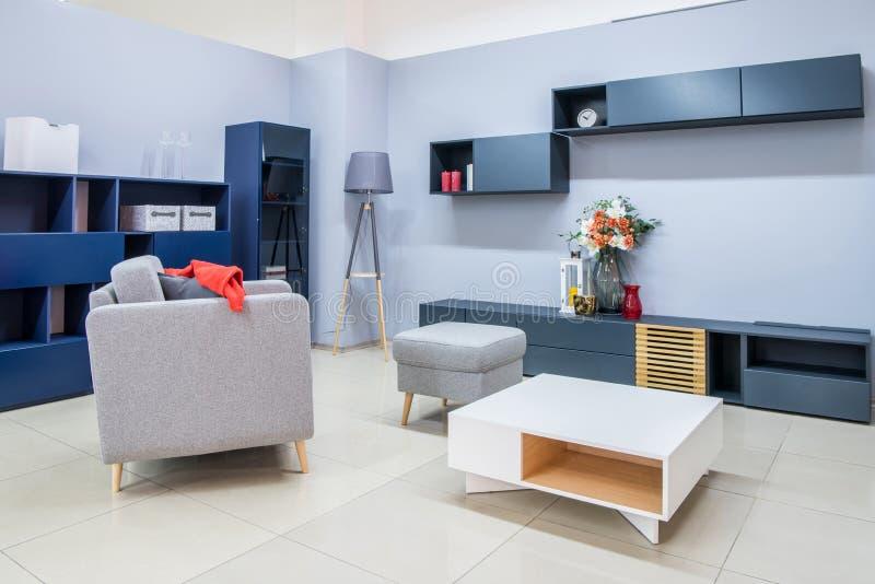 комната интерьера живя самомоднейшая стоковое изображение rf