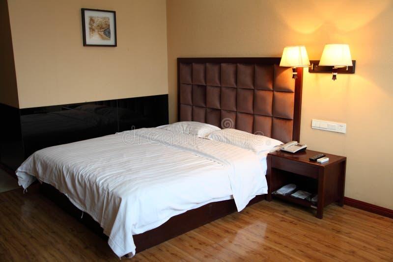 Комната кровати гостиницы стоковое фото