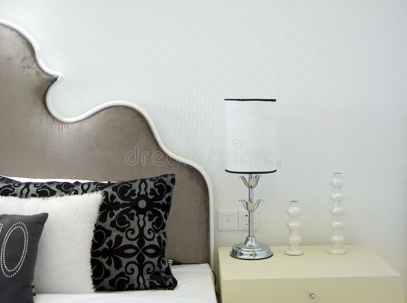 комната кровати нутряная самомоднейшая стоковые изображения rf
