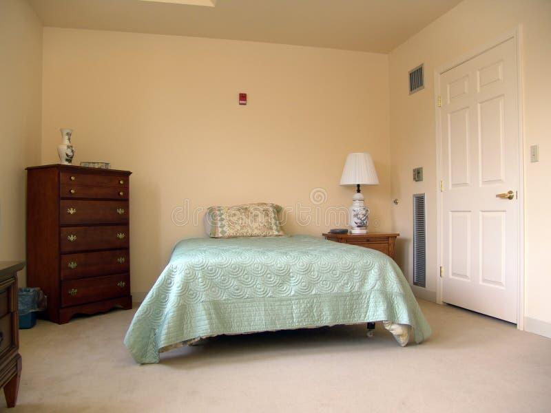 комната кровати стоковое фото rf