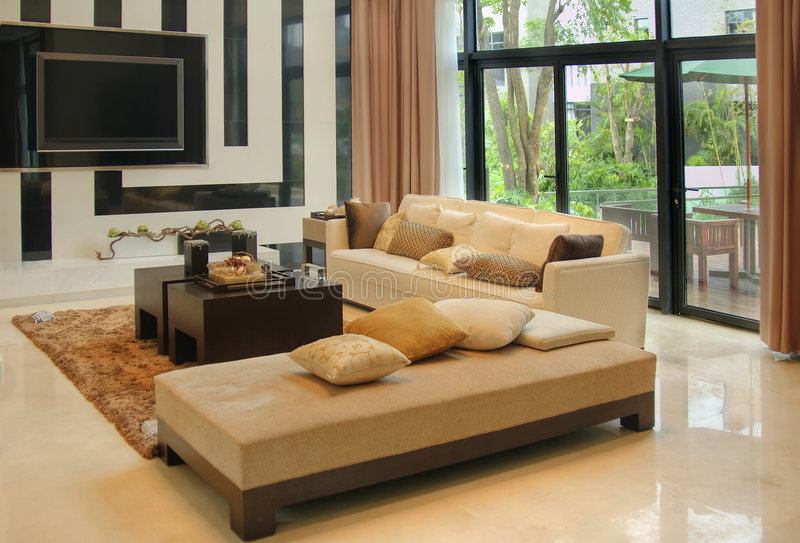 комната мебели живя самомоднейшая стоковое изображение rf