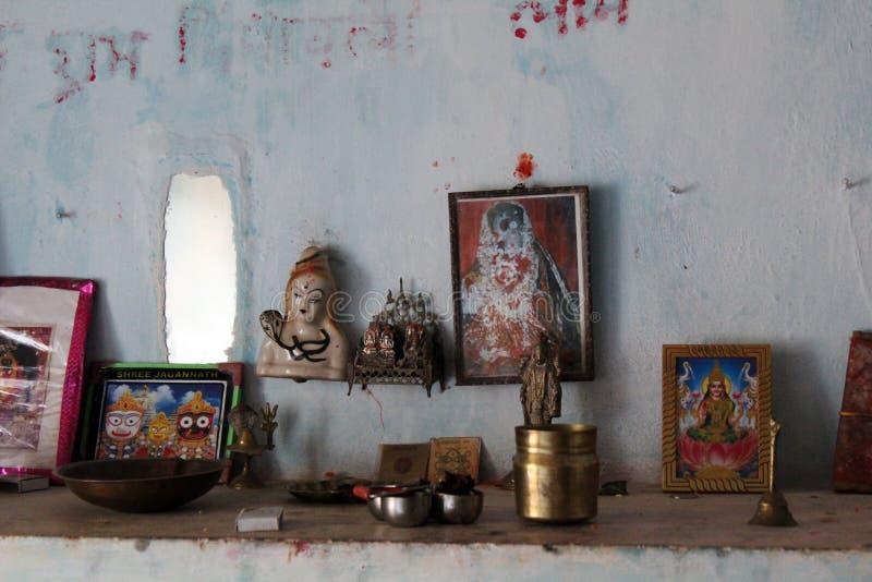 Комната поклонению Hindus - Индии стоковое фото rf