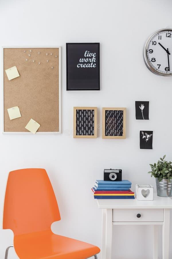 Комната творческого студента стоковое фото rf