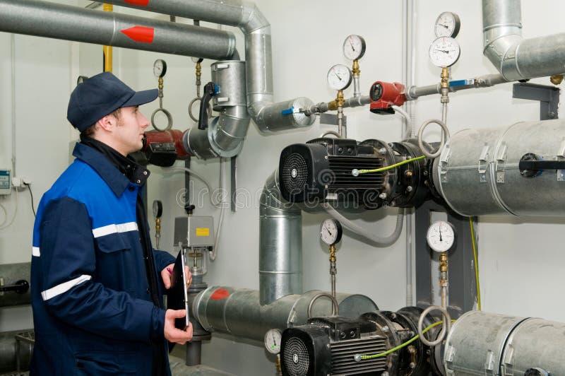 комната топления инженера боилера стоковое изображение