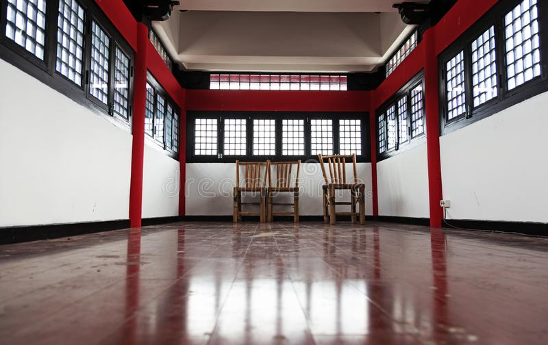 Комната традиционного китайского на воротах дракона стоковое изображение rf