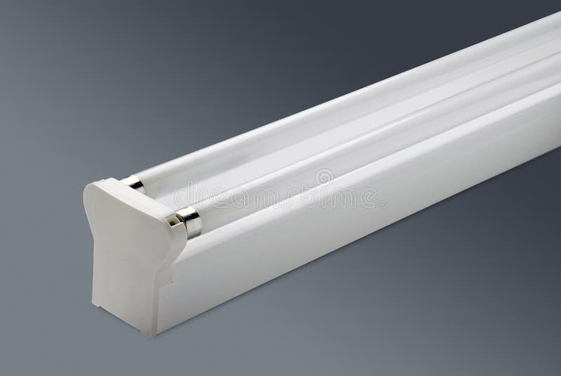 Компактная ваттность близнеца 28 лампы препятствует освещение офиса стоковая фотография