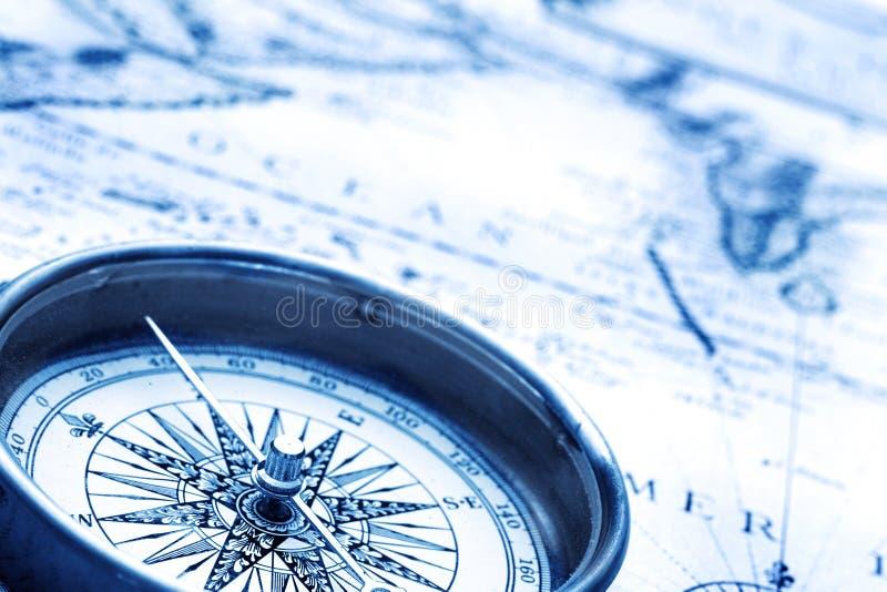 компас старый стоковые изображения