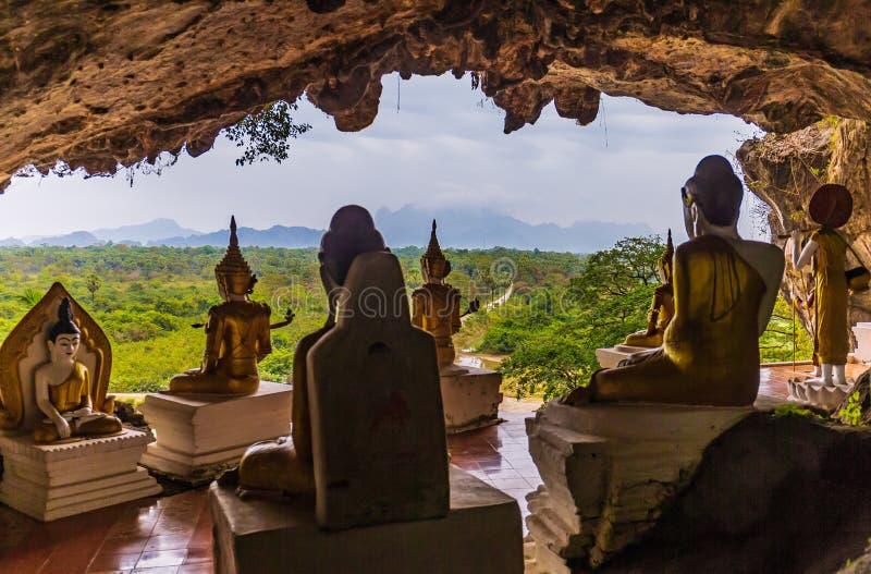 Комплекс Bayin Nyi Begyinni в Hpa-An, Мьянме стоковое изображение