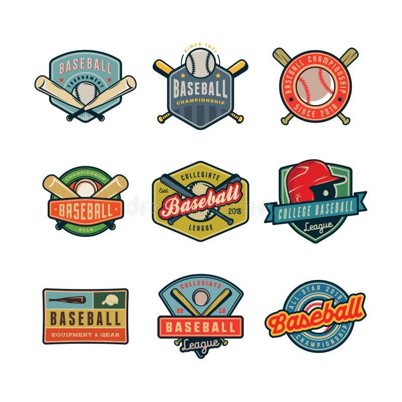 Комплект винтажных логотипов бейсбола также вектор иллюстрации притяжки corel иллюстрация штока