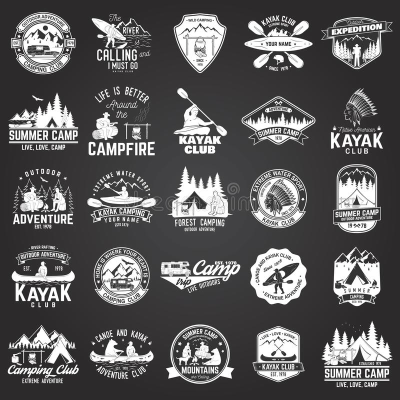 Комплект каное, каяка и располагаясь лагерем значка клуба бесплатная иллюстрация