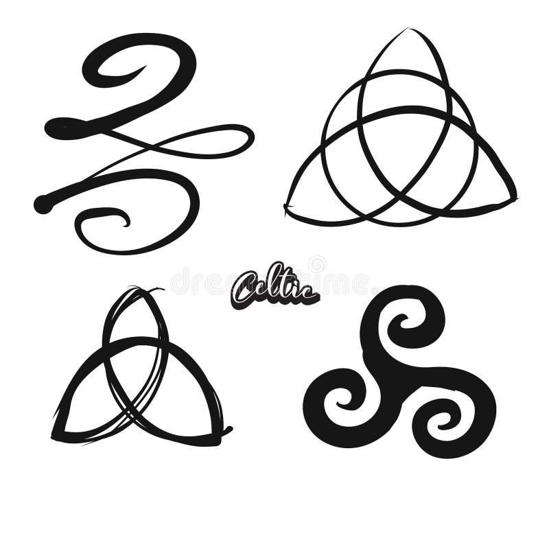 Комплект нарисованных вручную кельтских символов бесплатная иллюстрация