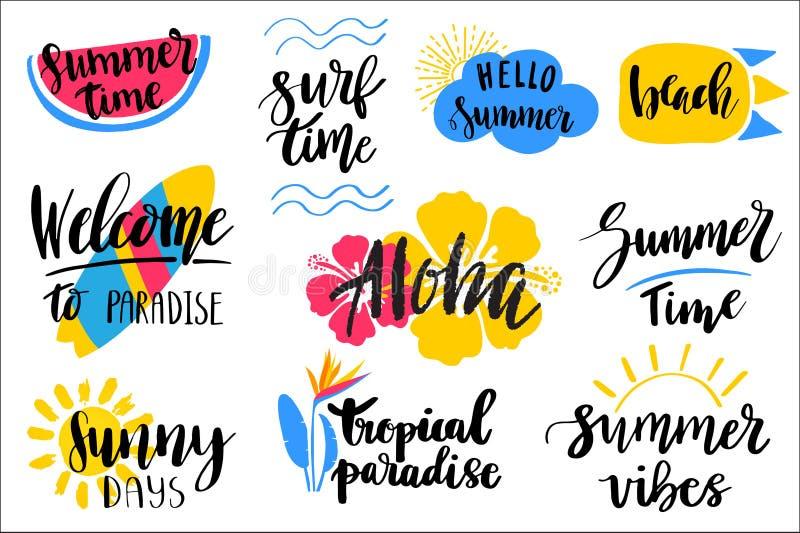 Комплект нарисованных рукой фраз литерности темы лета Современные цитаты каллиграфии Смогите быть использовано для сети, печати,  иллюстрация штока