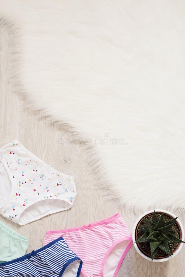Комплект нижнего белья детей стоковые фото