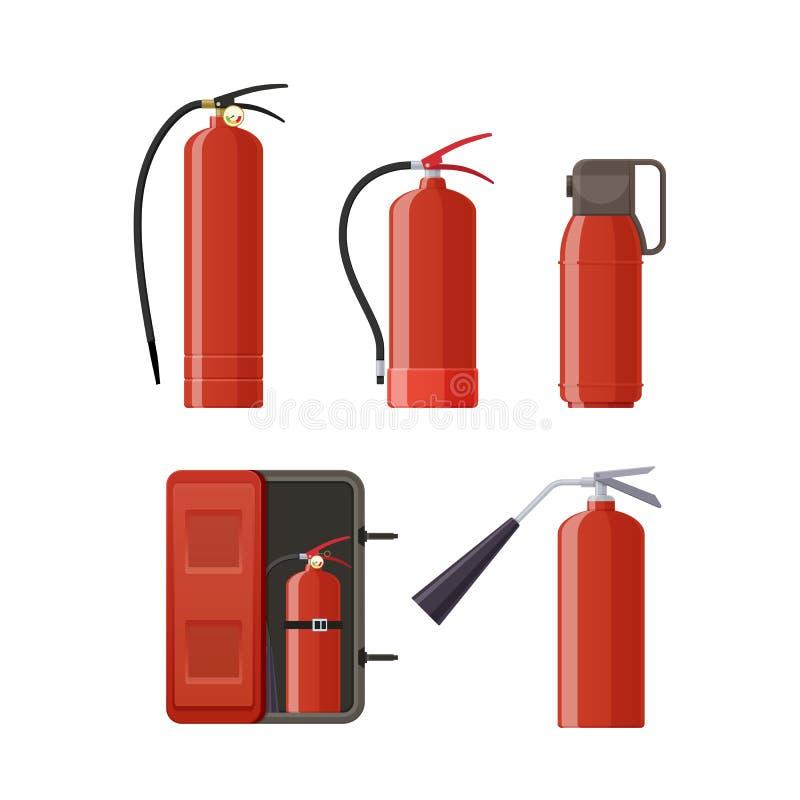 Комплект различных огнетушителей металла, различных форм, сопл, шлангов бесплатная иллюстрация