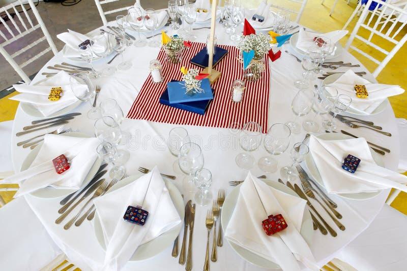 Комплект таблицы украшения свадьбы стоковые фото