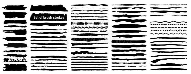 Комплект 80 ходов щетки чернил grunge Черная художническая краска, нарисованная рука Высушите собрание элементов хода щетки иллюстрация штока