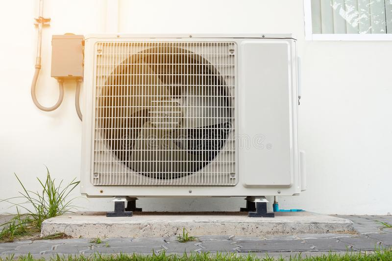 Компрессор кондиционера, система охлаждения стоковые изображения rf