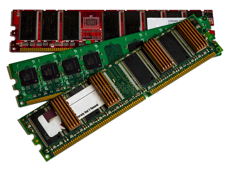 Компьютер оперативной памяти ГДР некоторых модулей на белой предпосылке стоковое изображение