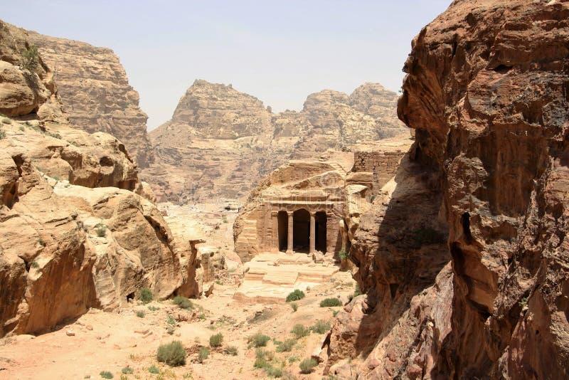 Комплекс в Petra, Джордан виска сада стоковое изображение rf