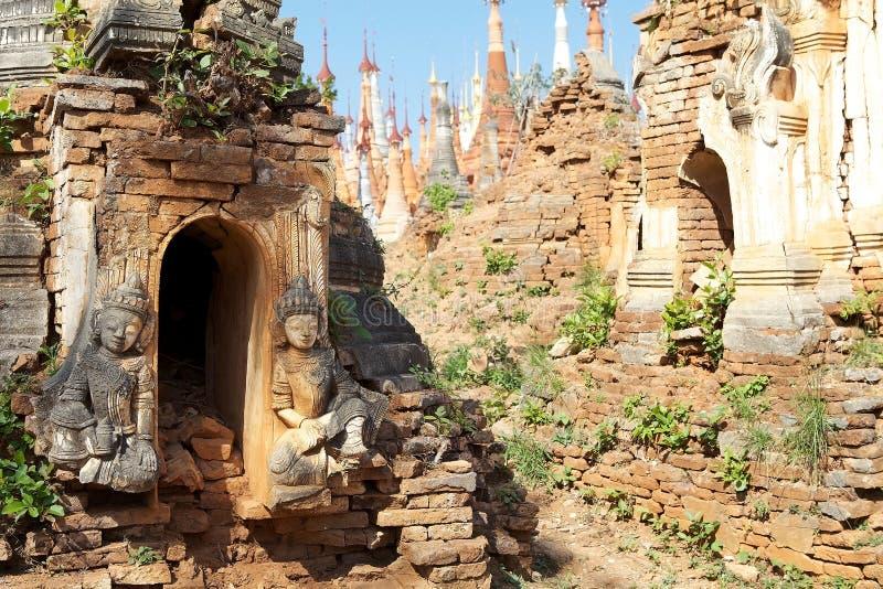 Комплекс пагоды Dain гостиницы Shwe стоковые фотографии rf