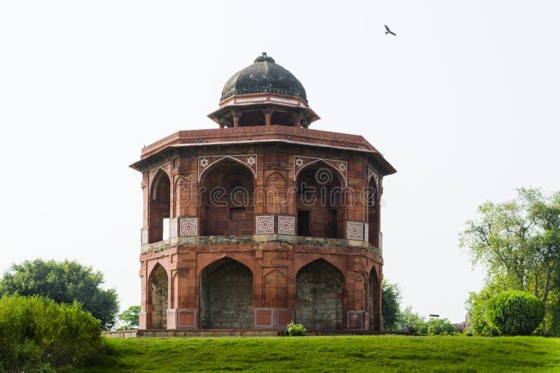Комплекс qila purana Sher mandal внутренний в Дели стоковое изображение rf