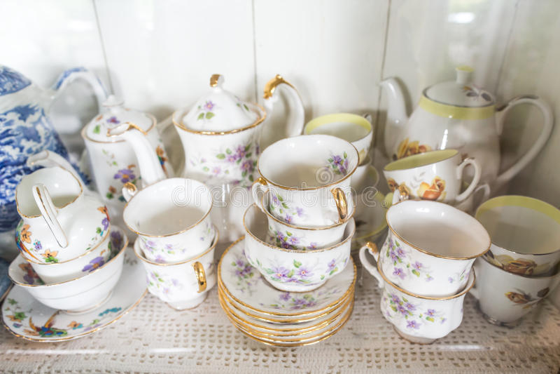 Комплекты чая фарфора стоковые фотографии rf