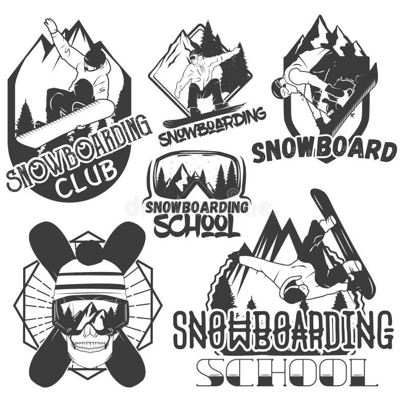 Комплект вектора ярлыков спорта сноуборда в винтажном стиле Сноубординг и внешняя иллюстрация концепции приключения горы иллюстрация вектора