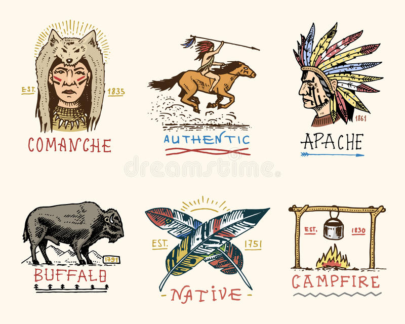 Комплект выгравированного года сбора винограда, рука нарисованная, старая, ярлыки или значки для индейца или коренного американца бесплатная иллюстрация