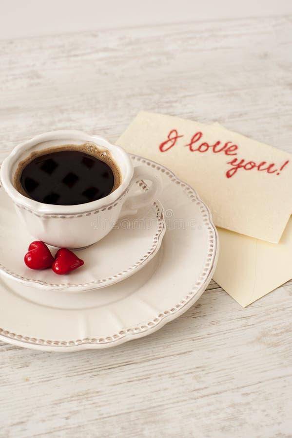 Комплект кофе фарфора дня валентинки белый стоковые изображения rf