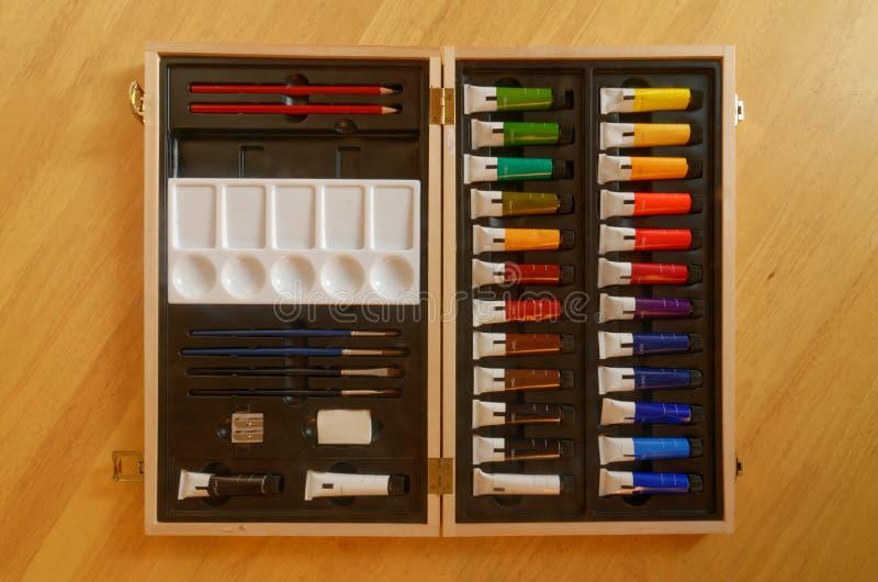 Комплект красок ` s художника стоковое изображение rf
