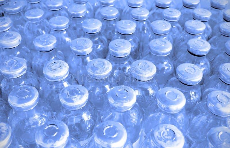 Комплект стеклянных бутылок с медициной стоковые изображения rf