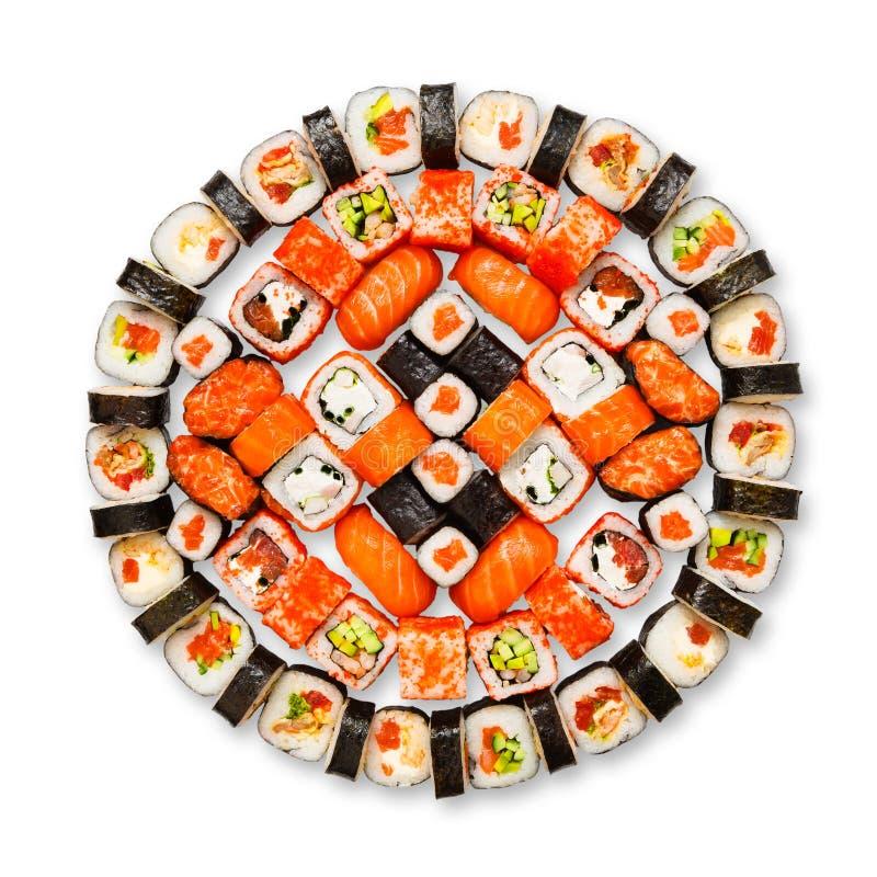 Комплект суш, maki, gunkan и крены изолированные на белизне стоковое изображение rf