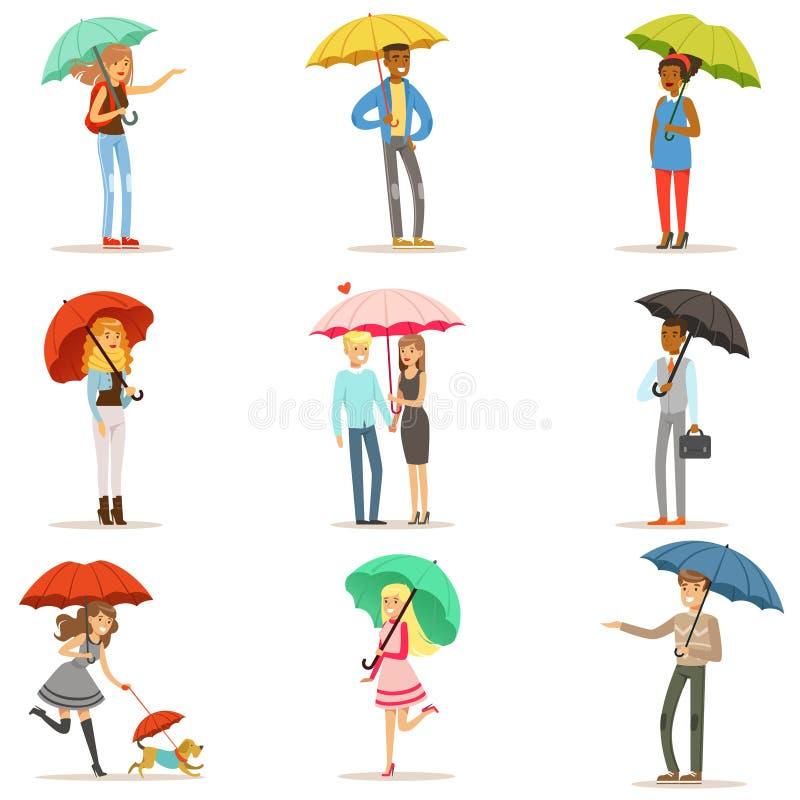 Комплект людей с красочными зонтиками Усмехаясь человек и женщина идя под вектор характеров зонтика красочный бесплатная иллюстрация