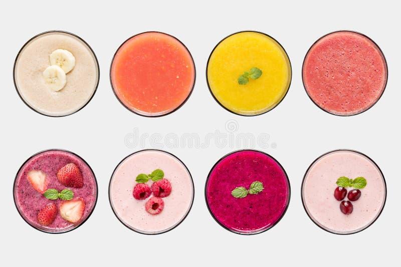 Комплект smoothie плодоовощ модель-макета и фруктового сока изолированный на белой предпосылке стоковая фотография