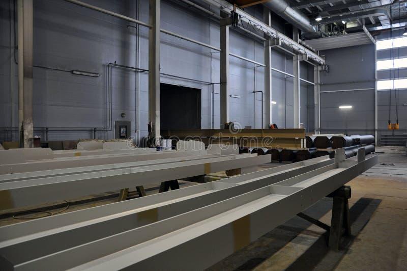 Конвейерная лента производственной линии кораблей в производстве стоковые изображения