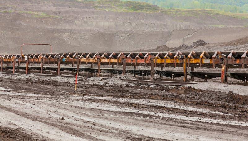 Конвейерные ленты в добыче угля стоковые изображения