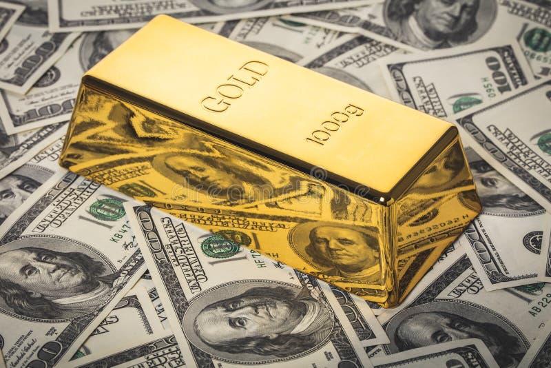 Конец-вверх бара золота стоковое фото