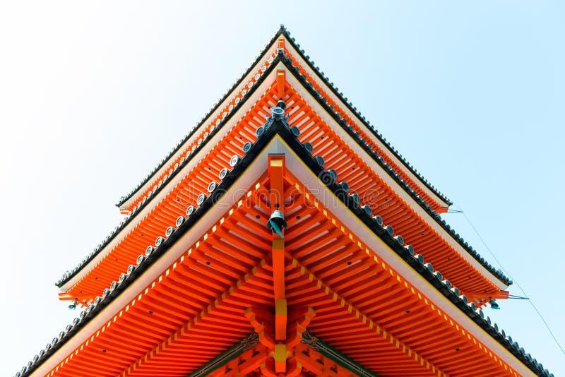 Конец-вверх виска buddist Kiyomizu-dera в Киото стоковые изображения rf