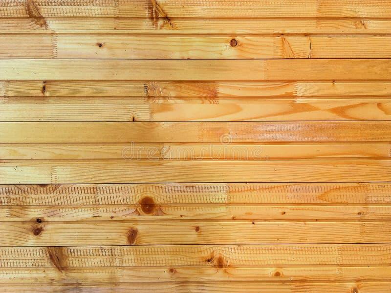 Конец вверх по покрашенным текстуре и предпосылке планки соснового леса стоковое фото