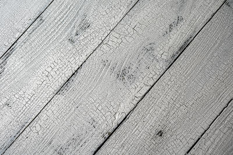 Конец-вверх раскосной планок постаретых белизной деревянных стоковое изображение