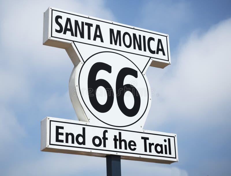Конец знака следа на пристани Санта-Моника - Санта-Моника Санта-Моника 66, Лос-Анджелес, ЛА, Калифорния, CA стоковая фотография rf