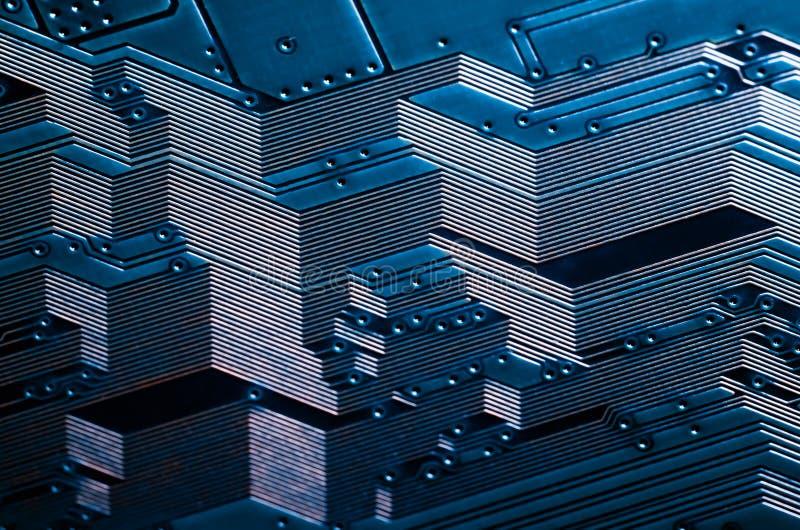 Конец монтажной платы радиотехнической схемы вверх по текстуре предпосылки иллюстрация штока