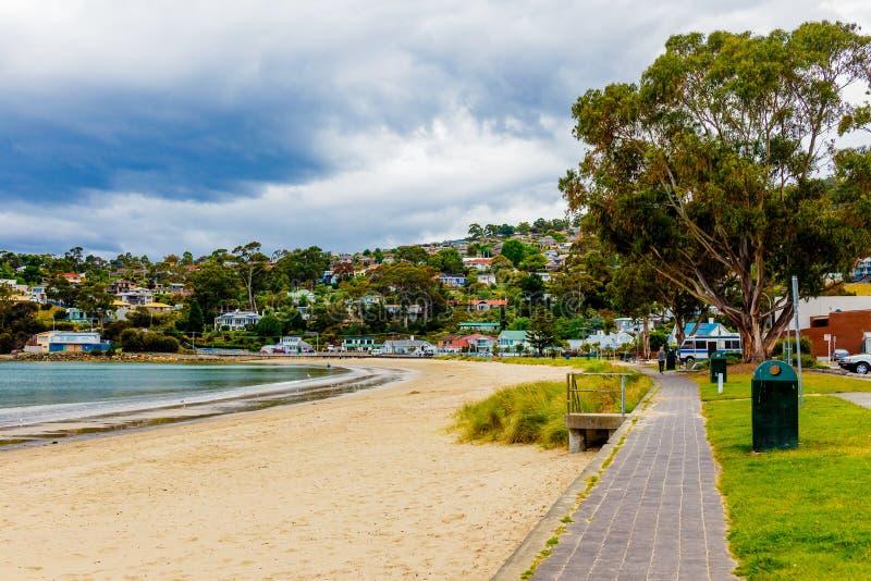 Конец пляжа Кингстона южный в Хобарте, Тасмании, Австралии стоковая фотография rf