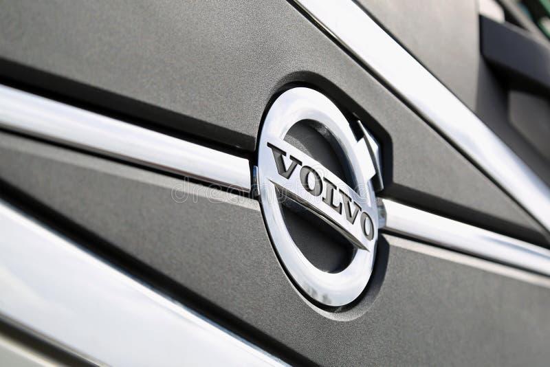 Конец символа Volvo вверх стоковые изображения