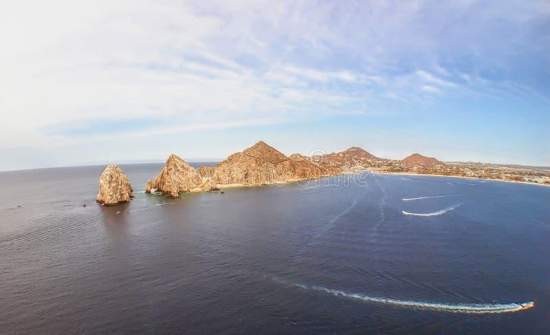 Конец ` s земли где встреча Тихого океана & Gulf of California стоковая фотография rf