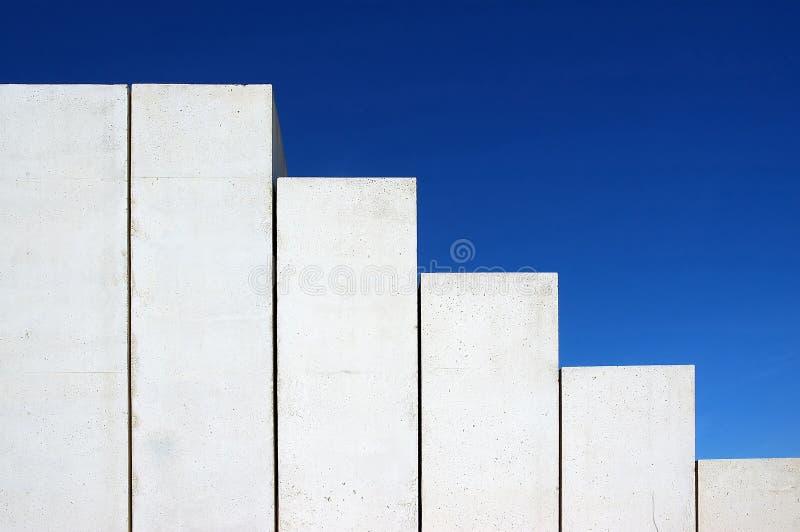 конкретные лестницы стоковая фотография rf
